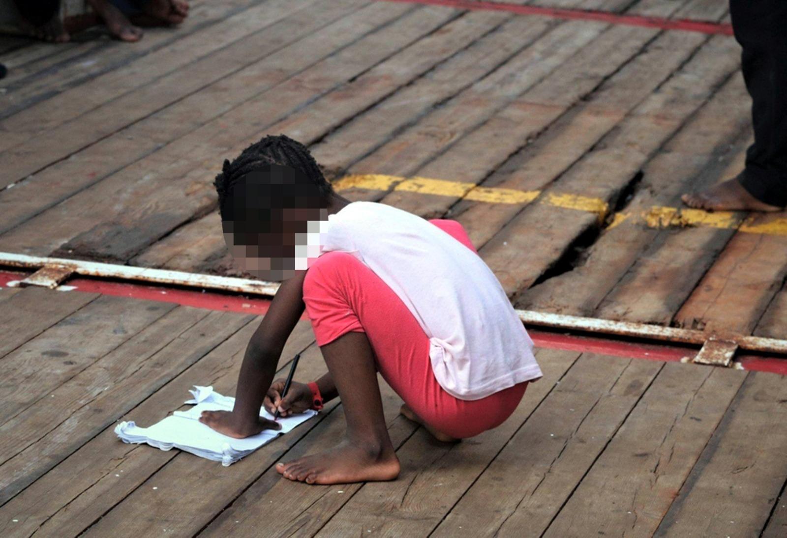 Regali Di Natale Accordi.Migranti Emergenze A Lampedusa E Sulla Ocean Viking Conte