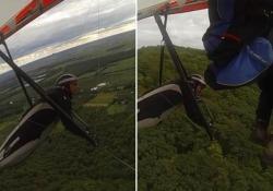 Cieli troppo affollati: il deltaplano si scontra in volo con il  parapendio L'uomo in deltaplano non è ferito, ma ha trascorso due ore su un albero nella provincia del Quebec in Canada - CorriereTV