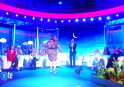 «Io e te di notte»: il programma di Diaco in seconda serata su Rai1 Ospite della prima puntata Rocco Siffredi - Corriere Tv