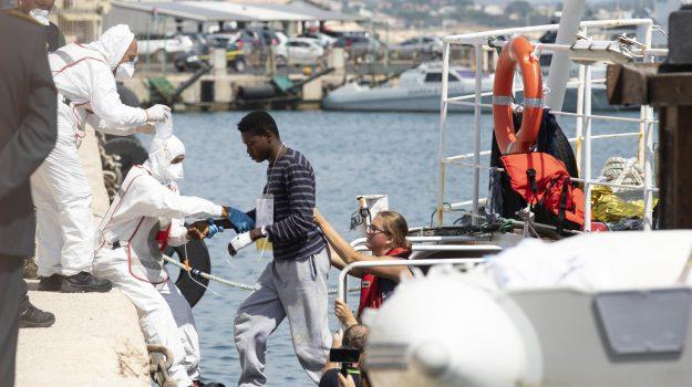 migranti, Ragusa, Politica