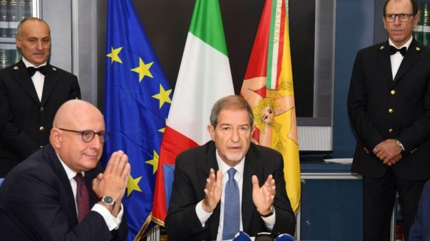 antimafia, regione siciliana, Sicilia, Politica