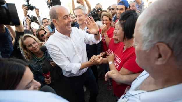 partito democratico, prof sospesa, Nicola Zingaretti, Rosa Maria Dell'Aria, Sicilia, Politica