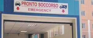 Uomo ferito con un coltello a Catania, aperte le indagini