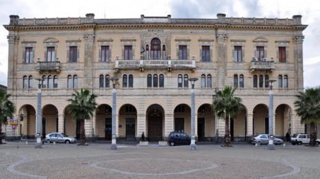 tasse, Nella Casabella, Catania, Economia