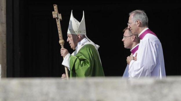 migranti, papa, Papa Francesco, Sicilia, Cronaca