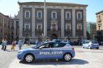 Una volante della polizia di Catania