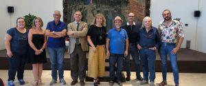 In foto la Giuria tecnica e il comitato organizzatore. Al centro il prof Paolo Giansiracusa, direttore artistico e la presidente Graziella Torrisi