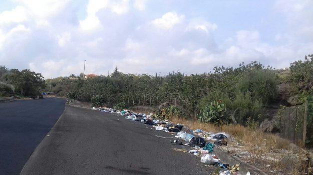 rifiuti, Catania, Cronaca
