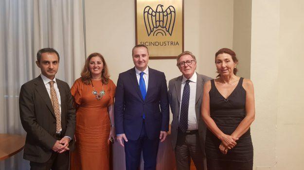 industria, Konstantine Surguladze, Nino Salerno, Palermo, Economia