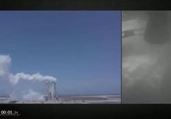 SpaceX proseguono i test in Texas: il video dei lanci che minacciano i residenti In agosto l'ultimo lancio-test (a cui si riferiscono queste immagini) della creatura di Elon Musk che punta a sbarcare su Marte entro il 2024 - Corriere Tv