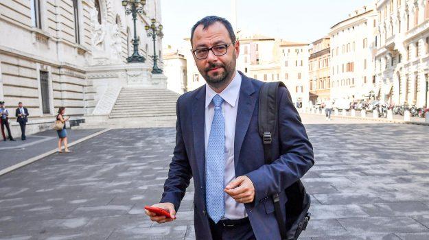 m5s, Stefano Patuanelli, Sicilia, Politica