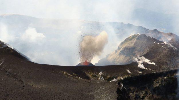 adrano, bronte, etna, terremoto, Catania, Cronaca