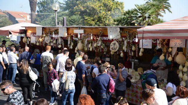 enogastronomia, Catania, Mangiare e bere