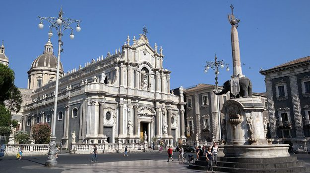 coronavirus, Piazza Duomo, Catania, Cronaca