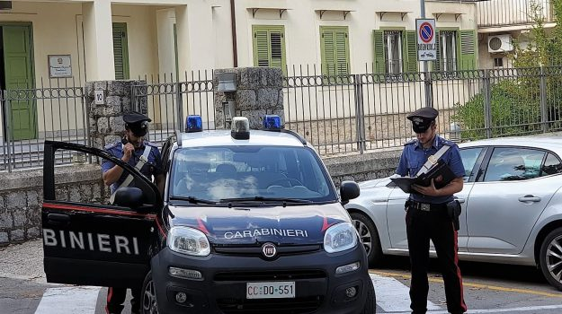 carabinieri, Monreale, reddito di cittadinanza, Palermo, Cronaca