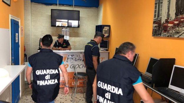 guardia di finanza, scommesse, torretta, Palermo, Cronaca