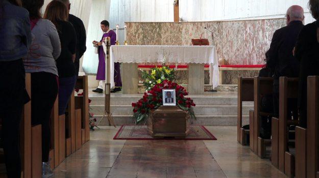 funerali, Giovanni Caponata, Messina, Cronaca