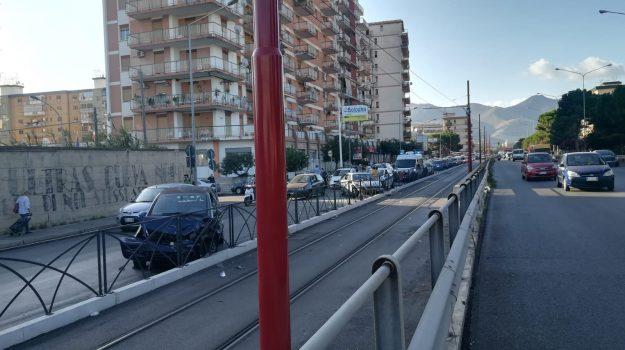 incidente, viale regione siciliana, Palermo, Cronaca