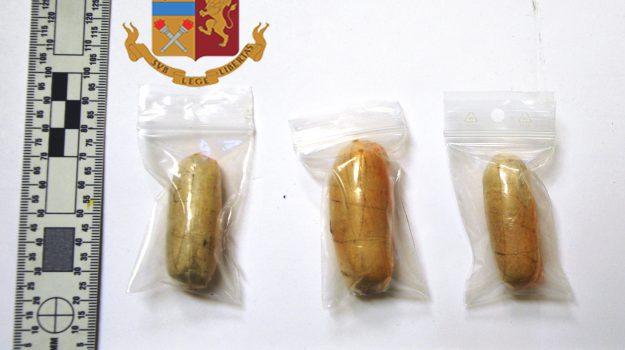 droga, polizia, Emmanuel Asiegbu, Caltanissetta, Cronaca