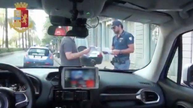 evasione domiciliari, polizia, Caltanissetta, Cronaca