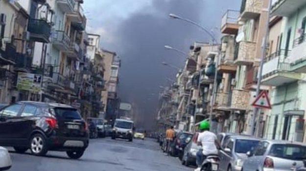 incendio, rifiuti, Palermo, Cronaca