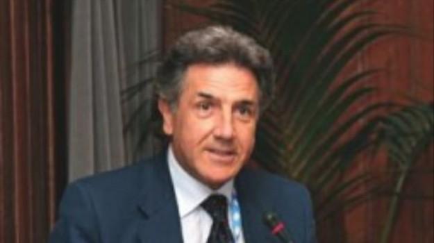tumori, Vincenzo Adamo, Sicilia, Cronaca