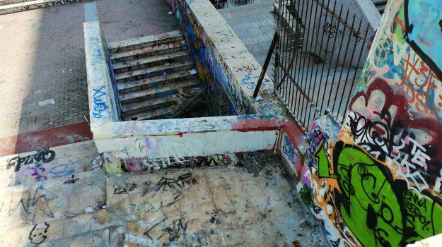 vandalismo, Salvo Pogliese, Catania, Cronaca