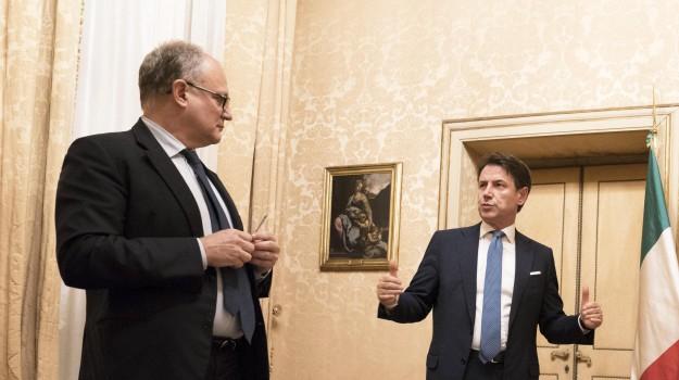 governo, tasse, Sicilia, Politica