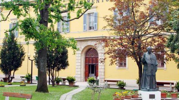 Anziani Un Orto Sensoriale Contro Alzheimer A Senigallia Giornale Di Sicilia