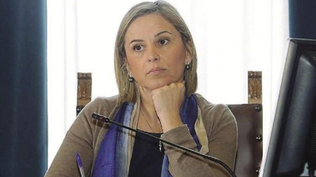 corruzione, Emilia Barrile, Messina, Cronaca