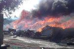 Maxi incendio a Terme Vigliatore: paura e disagi, chiuso un tratto dell'autostrada