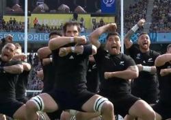 L'haka vittoriosa degli All Blacks Ai Campionati del Mondo i neozelandesi hanno vinto finora tutte le partite. Sabato c'è l'Italia - CorriereTV