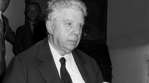 Eugenio Montale, Messina, Cultura