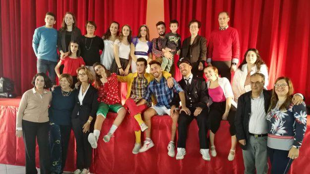 scuole, Carmela Impellizzeri, Concetta Furia, Michela La Iacona, Viviana Ardica, Enna, Società