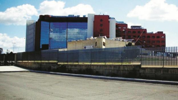"""Ospedale di Marsala, Gucciardi: """"Razza faccia chiarezza sul pasticcio del padiglione Covid"""""""