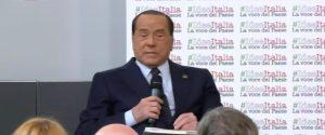 """Berlusconi ricoverato d'urgenza a Monaco, Zangrillo: """"Problema cardiaco"""""""