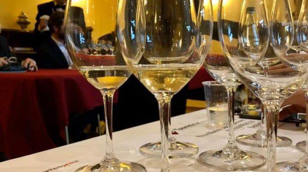 enogastronomia, Messina, Mangiare e bere