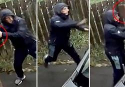 Un ladro d'auto decisamente poco fortunato L'uomo voleva rubare una macchina distruggendo il finestrino con un mattone: è andata diversamente - CorriereTV
