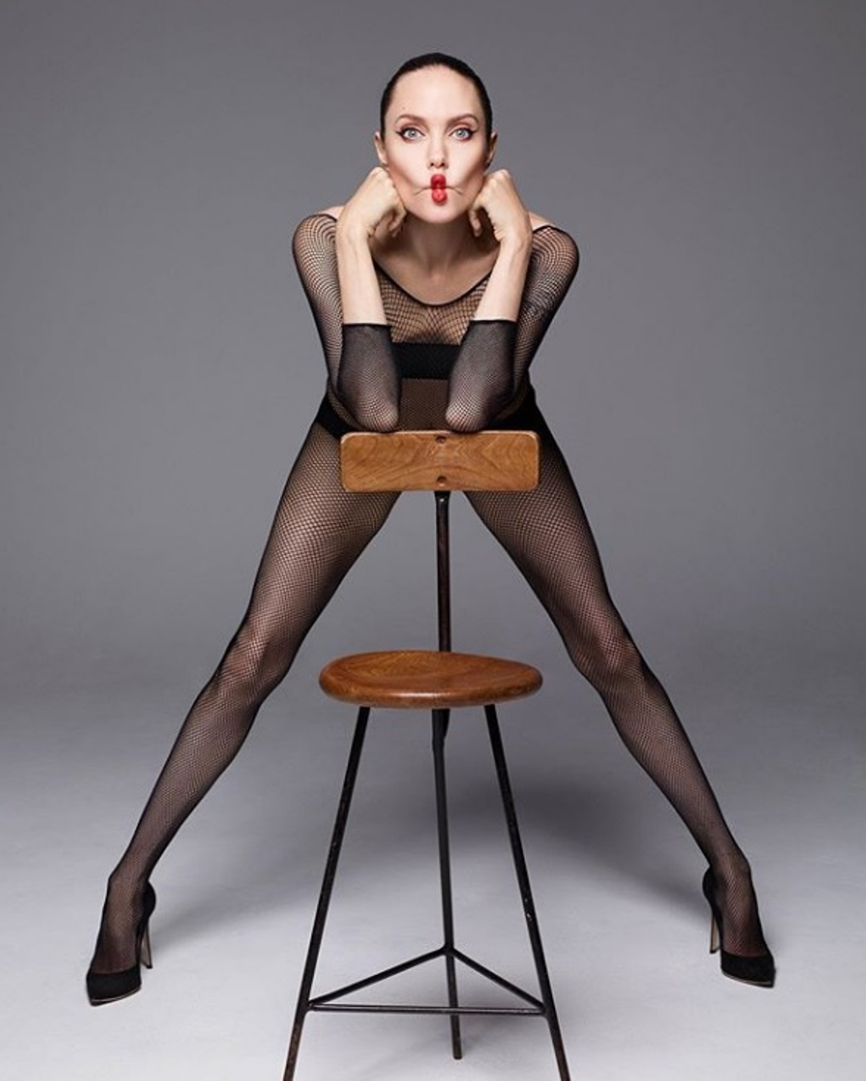 "Angelina Jolie Film Nuda nuda a 44 anni, angelina jolie mostra le cicatrici: ""il mio"