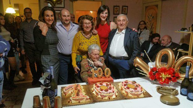 centenari, Giarre, Ida Patanè, Catania, Società