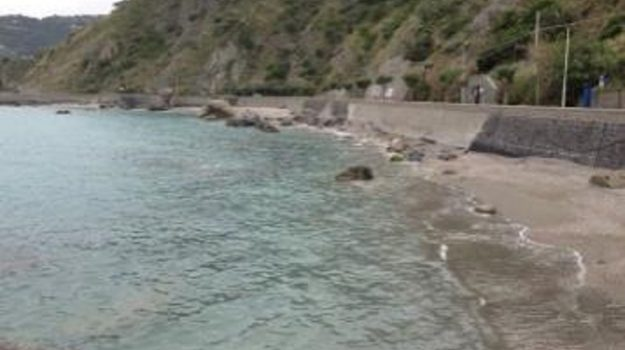 tirreno, Messina, Economia