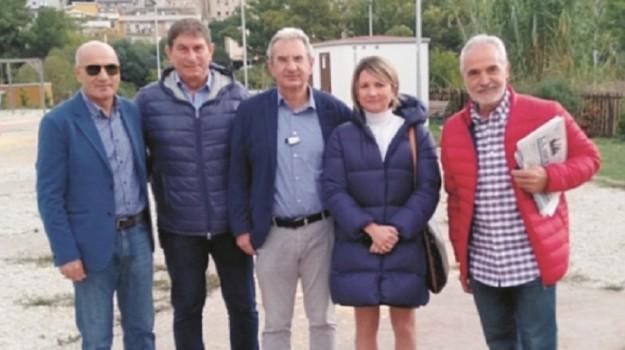 caltanissetta, Nello Ambra, Caltanissetta, Politica