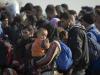 Migranti in fuga dal centro di Marsala, agente li rincorre e si frattura la gamba