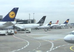 Alitalia: Lufthansa offre investimento ma condizionato Cordata a Francoforte per incontri - Ansa