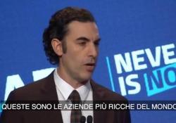 Baron Cohen: «I giganti tech sono i più ricchi al mondo. Potrebbero risolvere tutti i problemi se lo volessero» Il comico britannico, creatore di Borat e Ali G, punta il dito contro i giganti della Rete. Soprattutto contro Facebook - Corriere Tv