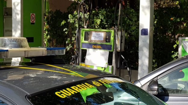 contrabbando, guardia di finanza, Palermo, Cronaca
