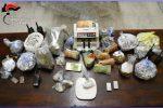 Catania, nasconde 2 chili di marijuana e 40 mila euro: arrestato