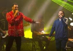Frah Quintale batte Carl Brave nel primo soundclash italiano  La sfida a colpi di rap tra i due protagonisti della nuova scena italiana  - Corriere Tv