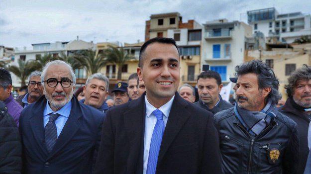 Luigi Di Maio, Agrigento, Ragusa, Siracusa, Politica