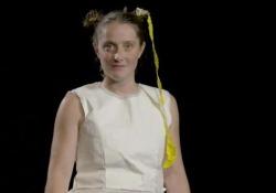 """Materia: Carta Spettacolo """"Dipende da Noi"""", video tutorial per l'interpretazione dei personaggi. - Corriere Tv"""